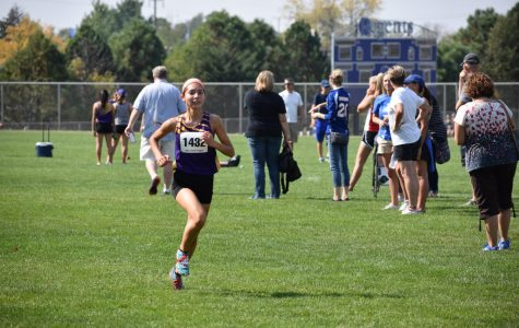 Girls Cross Country places third at Forest City Invite