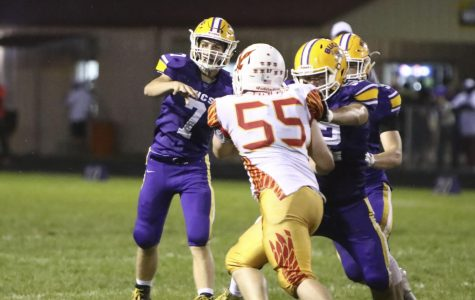 Bucs beat Jefferson in Homecoming game