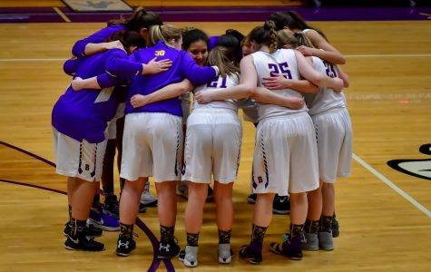 Lady Bucs fight to keep streak alive