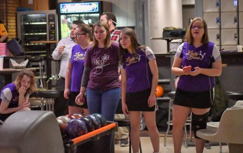 Girls Bowling Wins Regionals