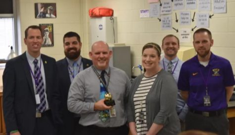 Mr. Edwards wins Golden Apple Award