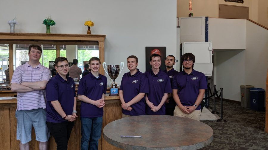 BHS Scholastic Bowl heads to nationals