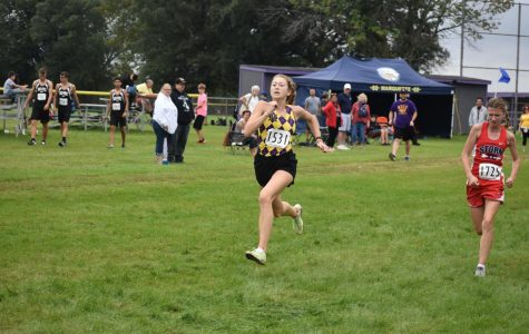 Boys, Girls cross country finishes high